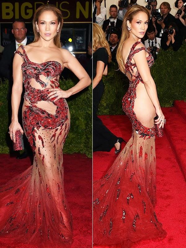 Gaun Transparan Jennifer Lopez di Met Gala 2015