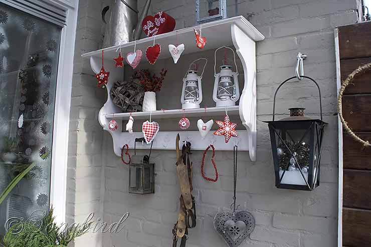 Outdoor Decor ~ 12 Days of Christmas Decorations / Day 11 - Songbird