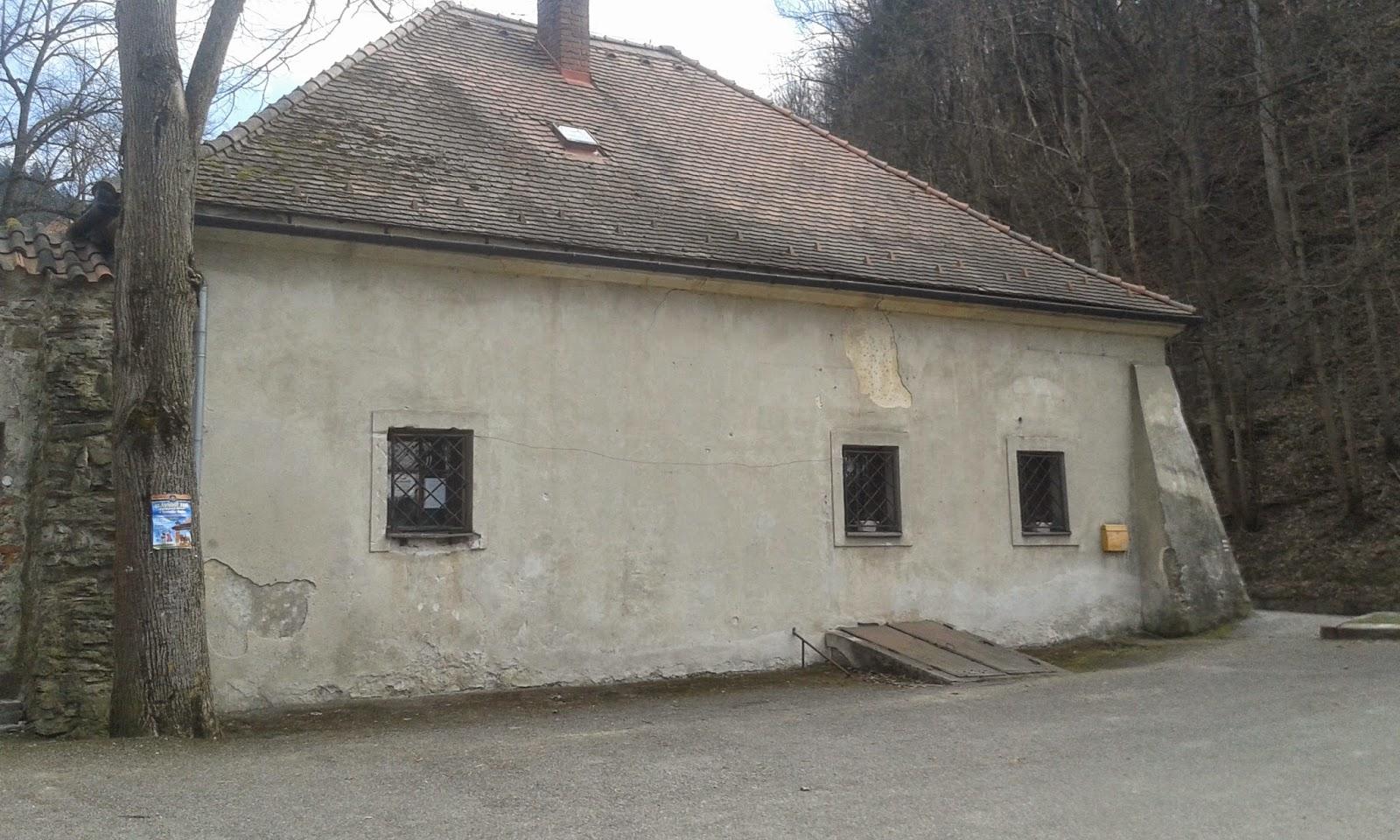 Czerwony Klasztor zabudowania