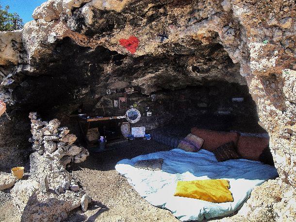 Ibiza - Cave