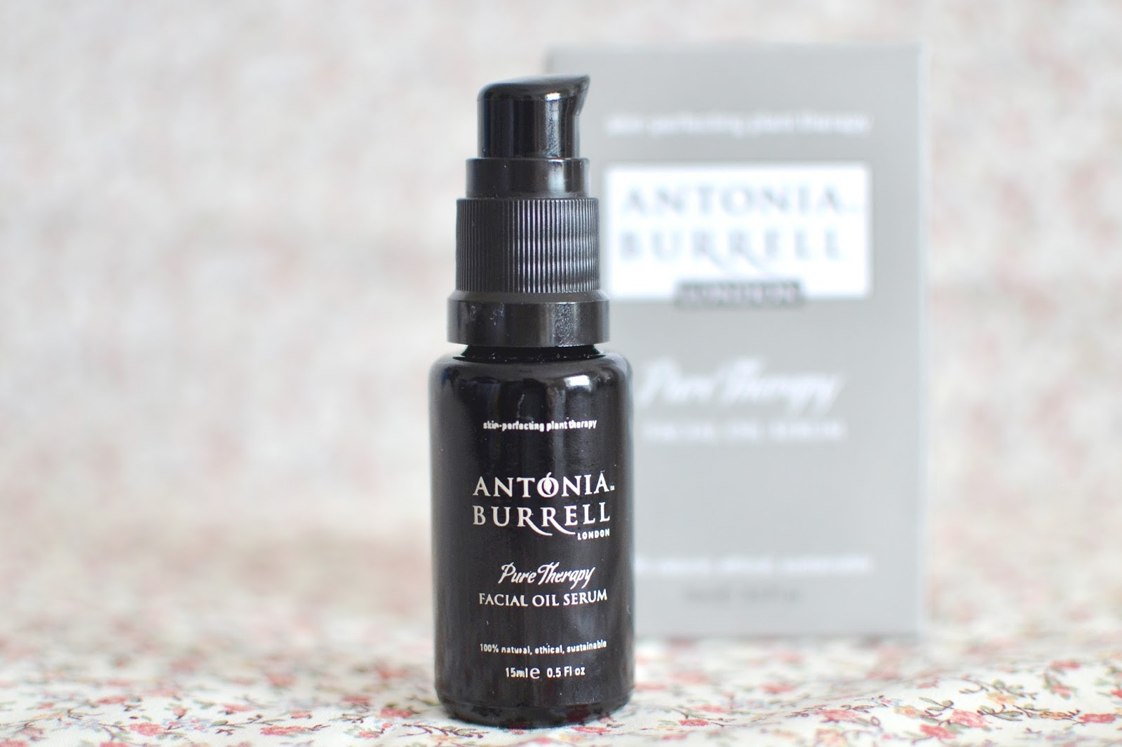 Pure therapy facial oil serum, natural oil serum, antonia burrell oil serum review