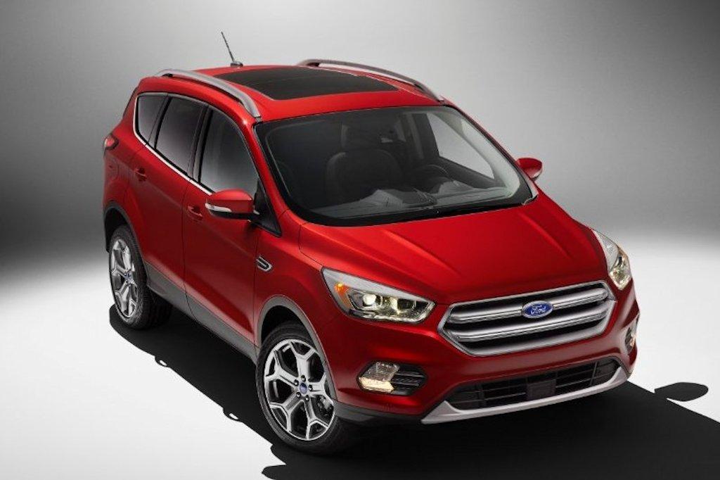 La Auto Show 2017 Ford Escape Packs New Engines Tech