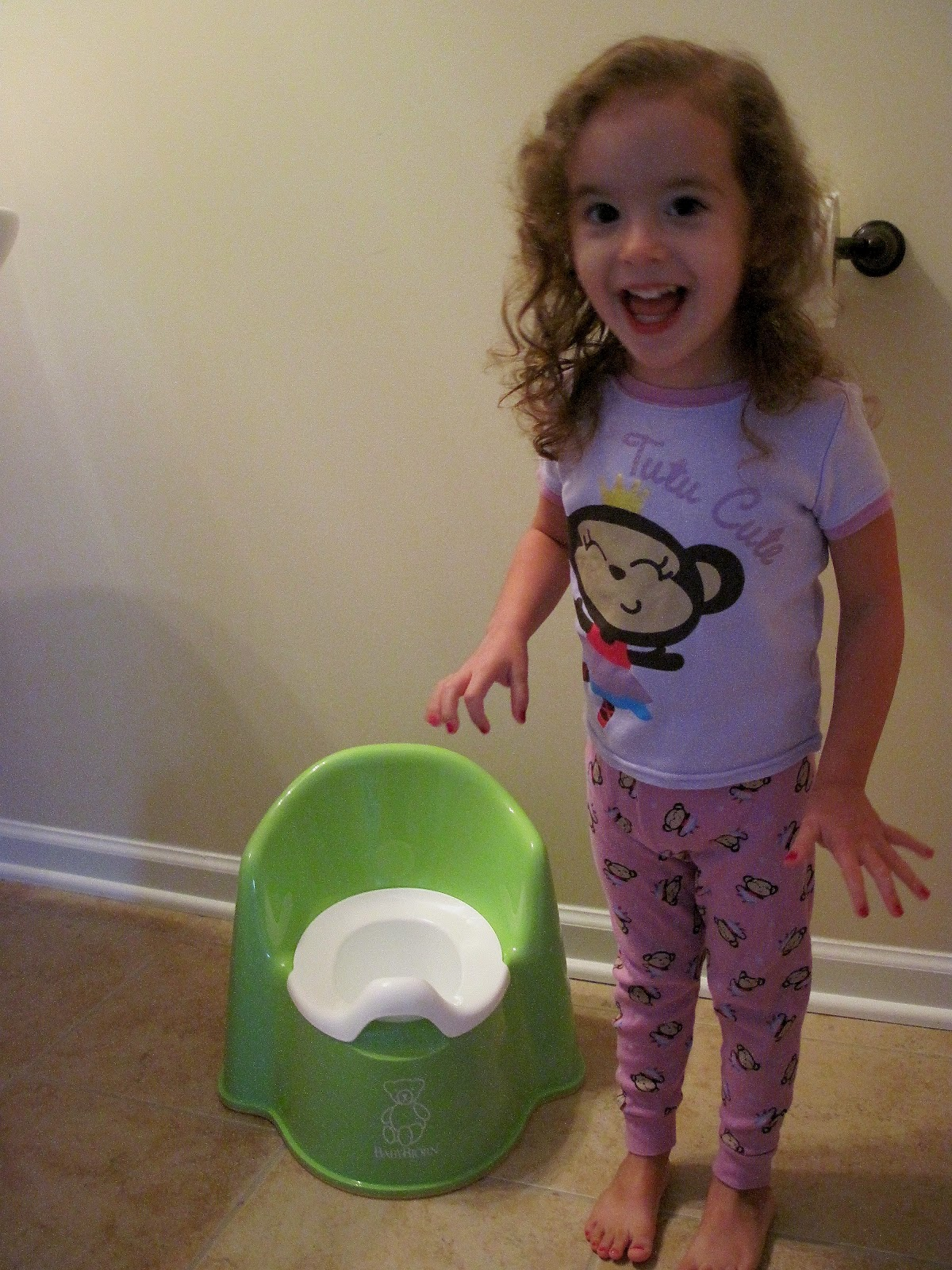Chrinnlavinett J: First Day of Potty Traininglittle girl peeing