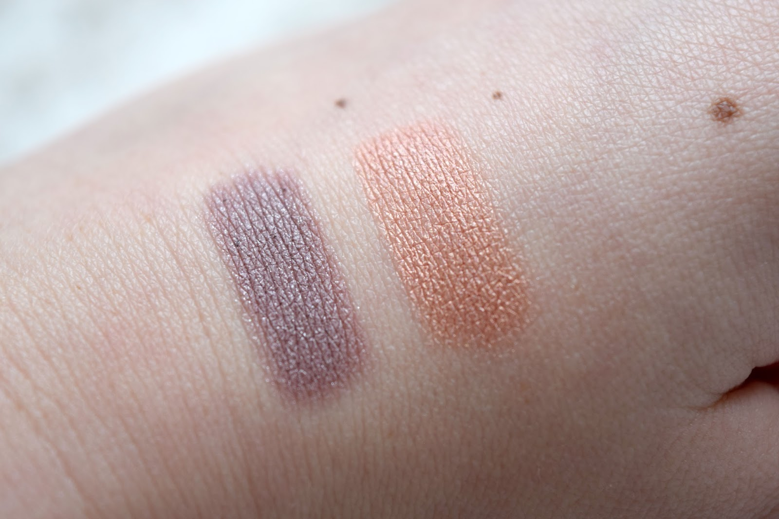 Bourjois Colorband 2 in 1 Eyeshadow and Liner