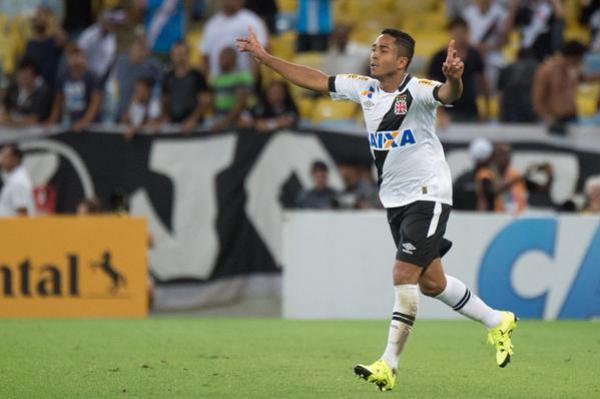 Jorge Henrique marcou o gol do Vasco contra o Flamengo pelas oitavas de final da Copa do Brasil 2015