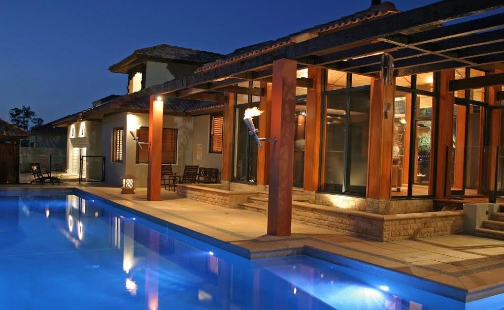 Traumhaus mit pool  Traumhäuser & Luxus-Immobilien: Traumhaus mit Pool