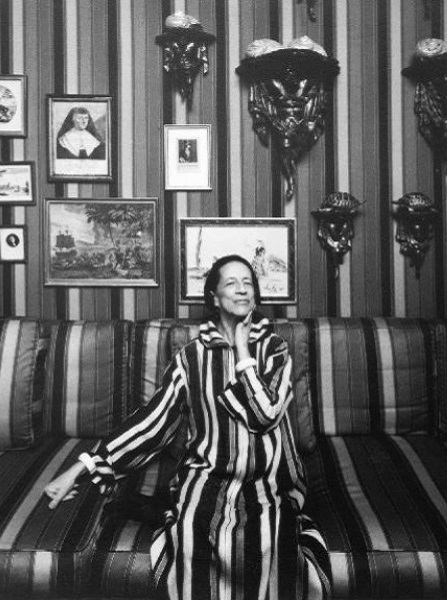 Diana Vreeland photographed by Arnold Newman, 1974