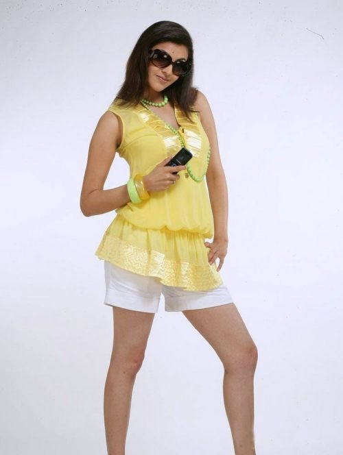 kajal agarwal shoot for nokia mobile hot images