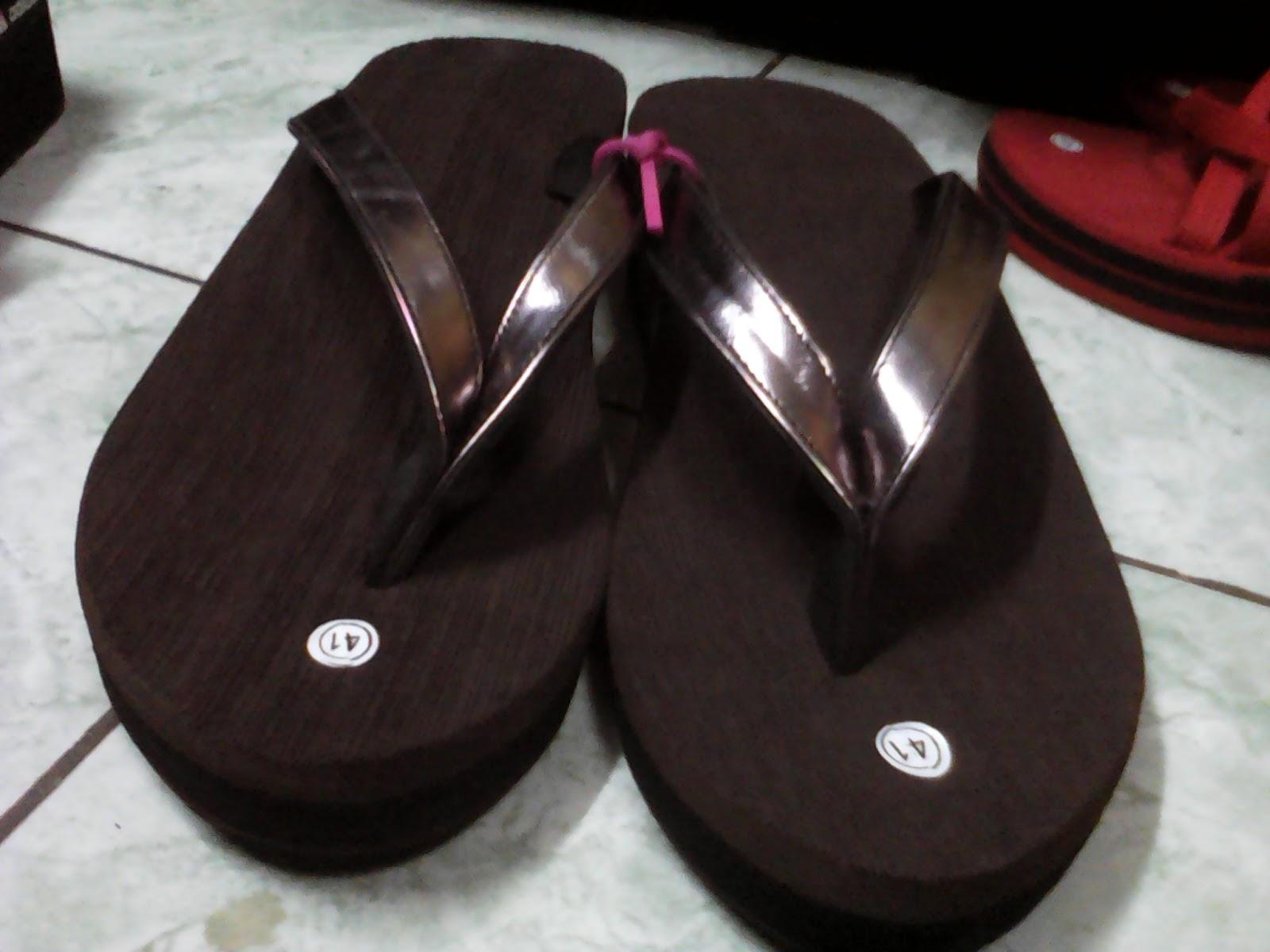 Sandal Wanita Tinggi 5cm Harga Kisaran Rp S d Disesuaikan dengan jumlah pesanan