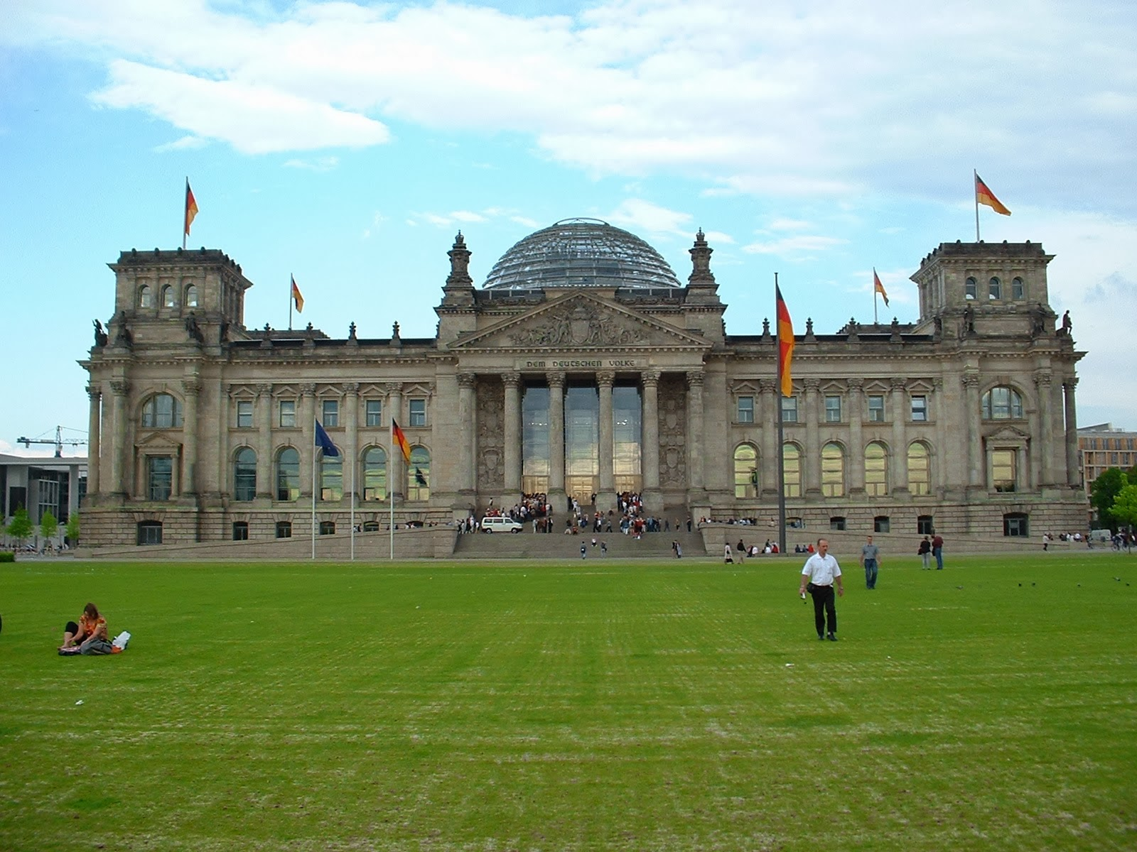 reichstag at berlin city - photo #16