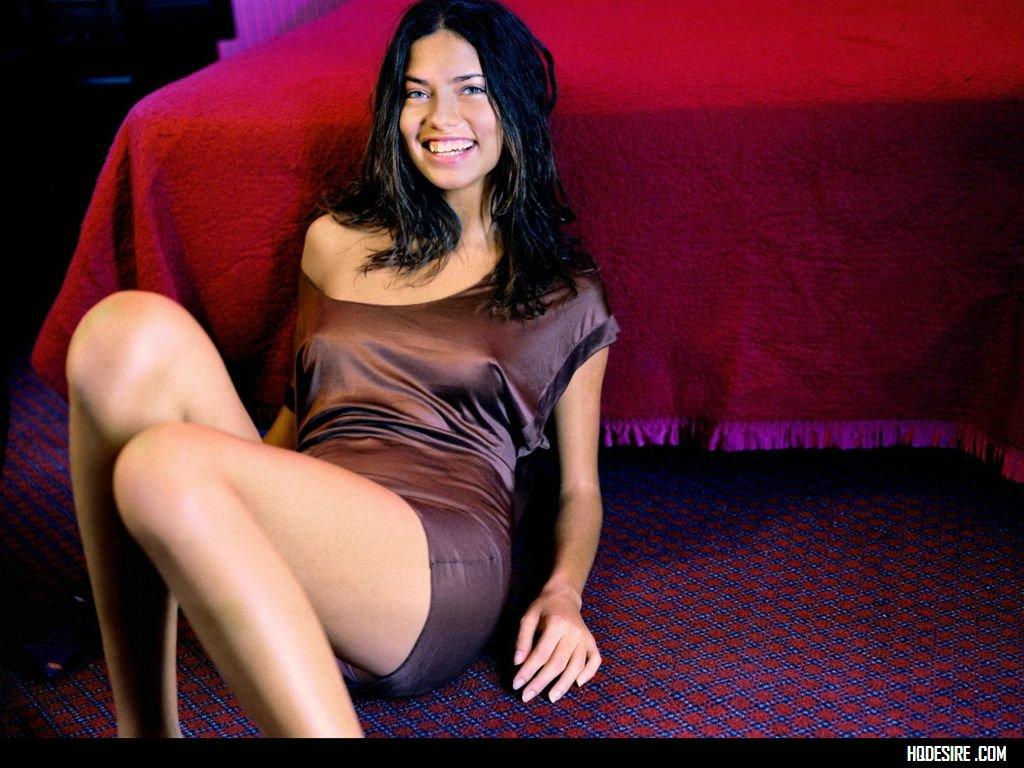 Adriana Lima :: Celebrity Movie Archive