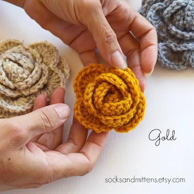 https://www.etsy.com/listing/254974737/crochet-brooch-handmade-choose-your?ref=shop_home_active_2