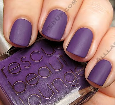 So In That Blog They Have Used Essie S Matte About You Topcoat For Instant Nails But Since I M Impatient Decided To Try It With Something
