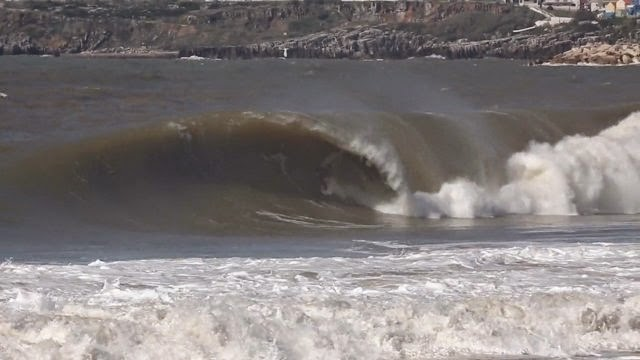 ARITZ ARANBURU LAY DAY AT SUPERTUBOS PENICHE PORTUGAL