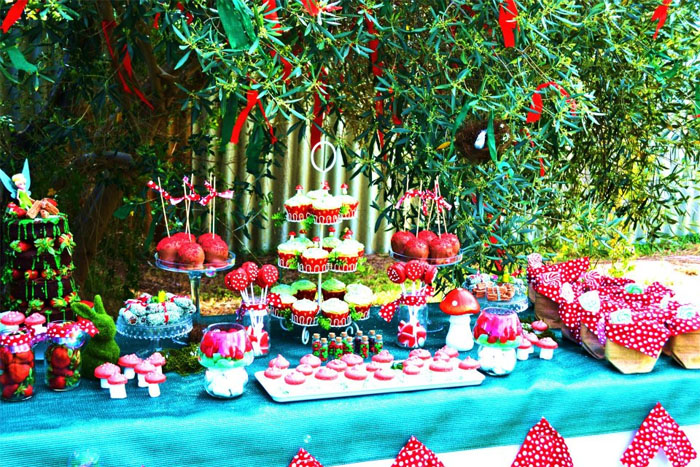 Slumber Party together with Express Yourself together with Winter Wedding Ideas Snowed In moreover Candy Bar At Kids Party also Wedding Balloon Decorations Ideas. on dance cake decorating ideas
