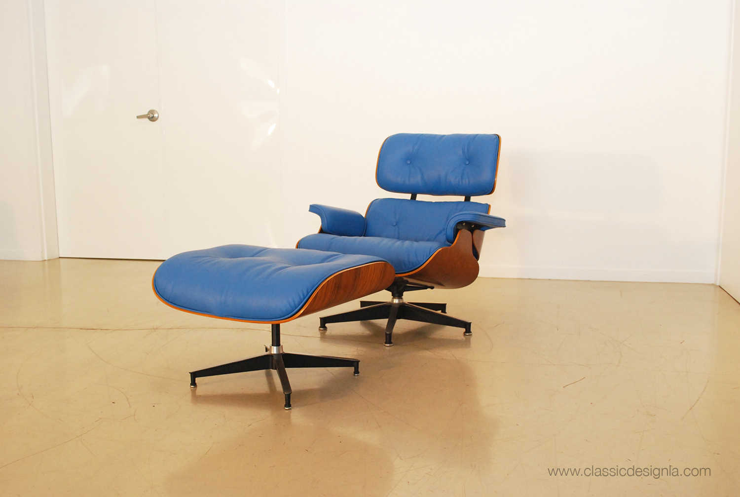 Classic Design Reupholstered BLUE Herman Miller Eames Chair