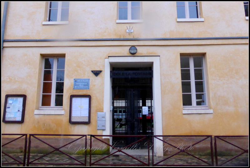 Jean de la Fontaine school Versailles