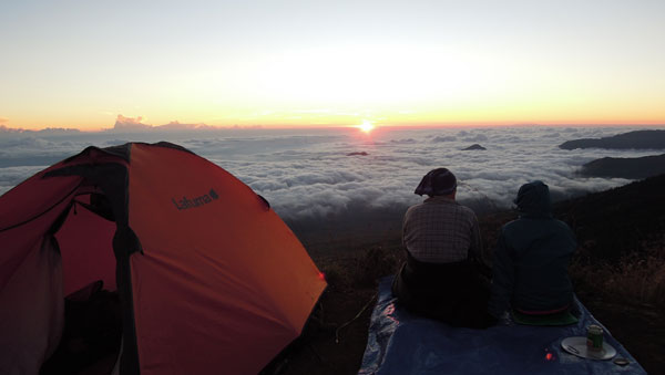 A moment at the heaven - Sembalun Crater rim