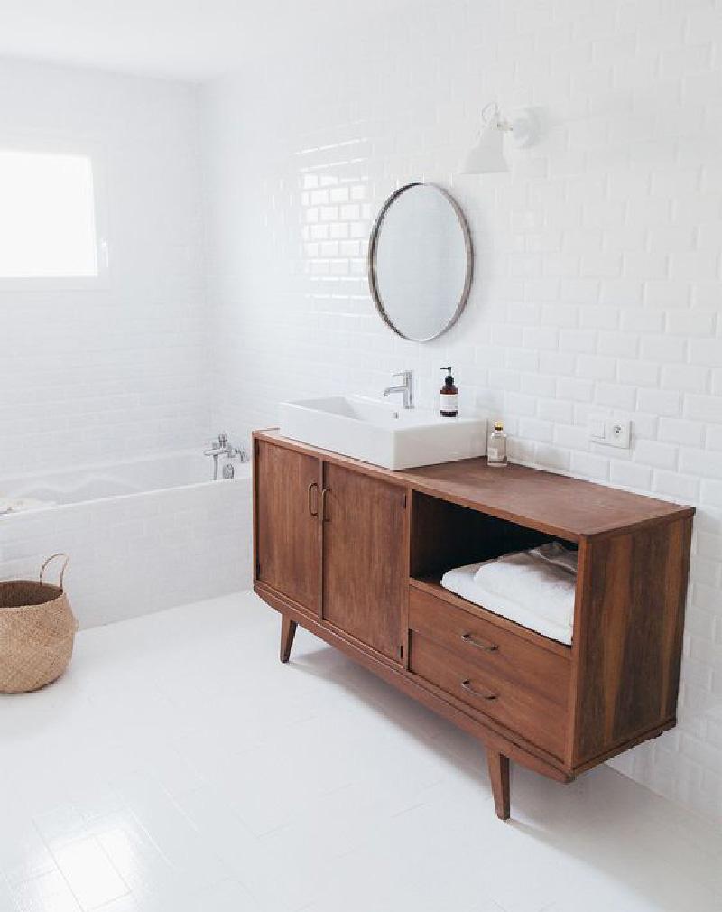 10 idee per creare un mobile da bagno originale la gatta - Creare un bagno con sanitrit ...