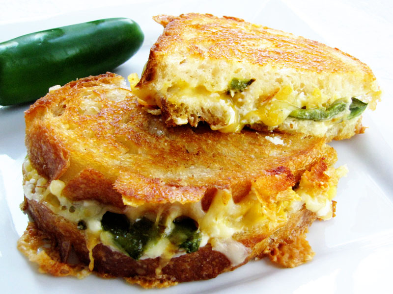 jalapeño popper grilled cheese | Sweet Anna's