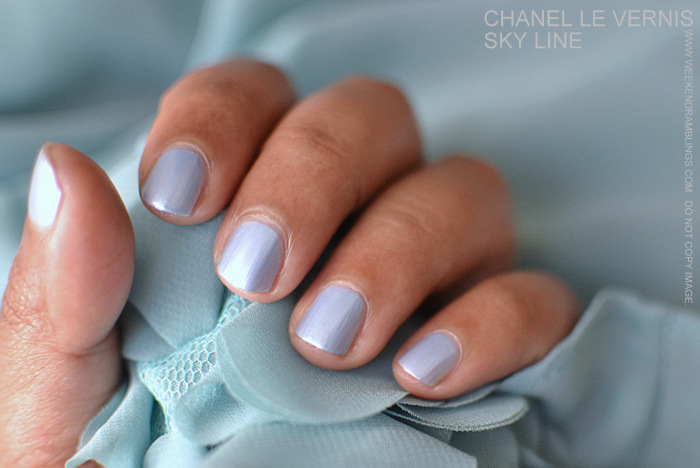 Bleu Illusion de Chanel Makeup Collection Le Vernis Nail Polish Sky Line Blue indian Beauty Blog Reviews Swatches NOTD Ingredients