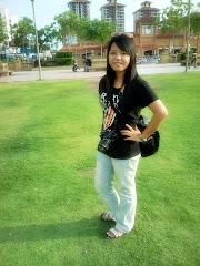 SUPER GIRL (!)
