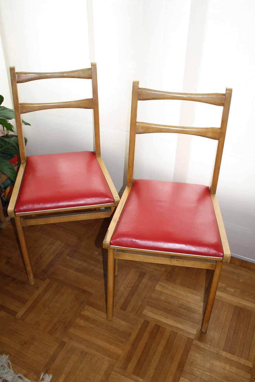 je chine pas en chine 2 chaises vintage. Black Bedroom Furniture Sets. Home Design Ideas