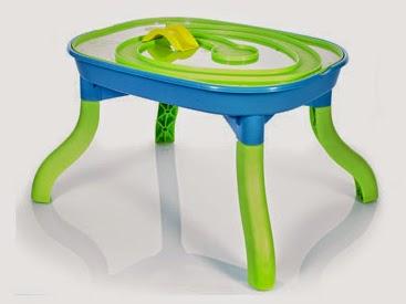 Wielofunkcyjny stolik do zabawy z Biedronki
