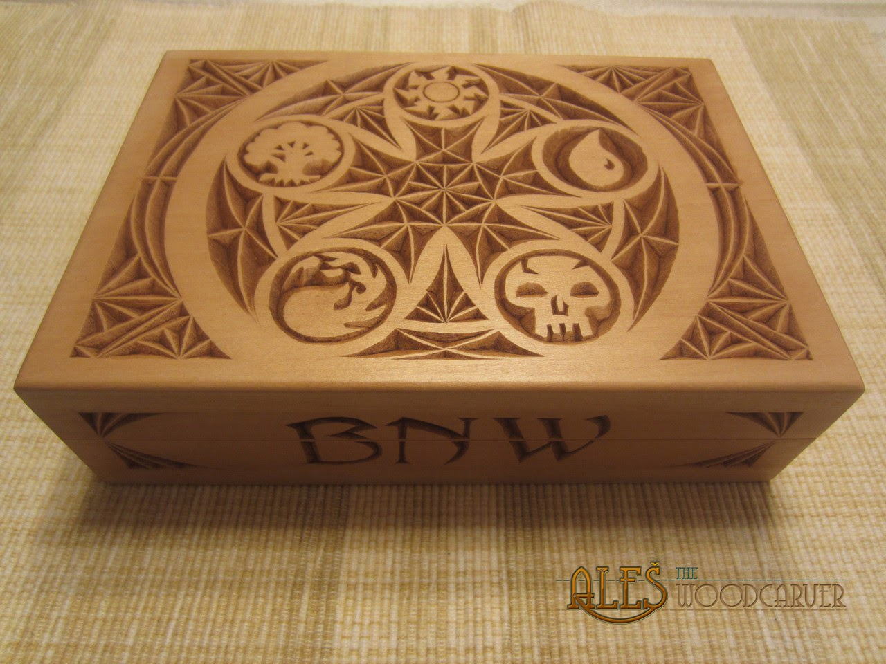 Ales the woodcarver magic gathering card boxes