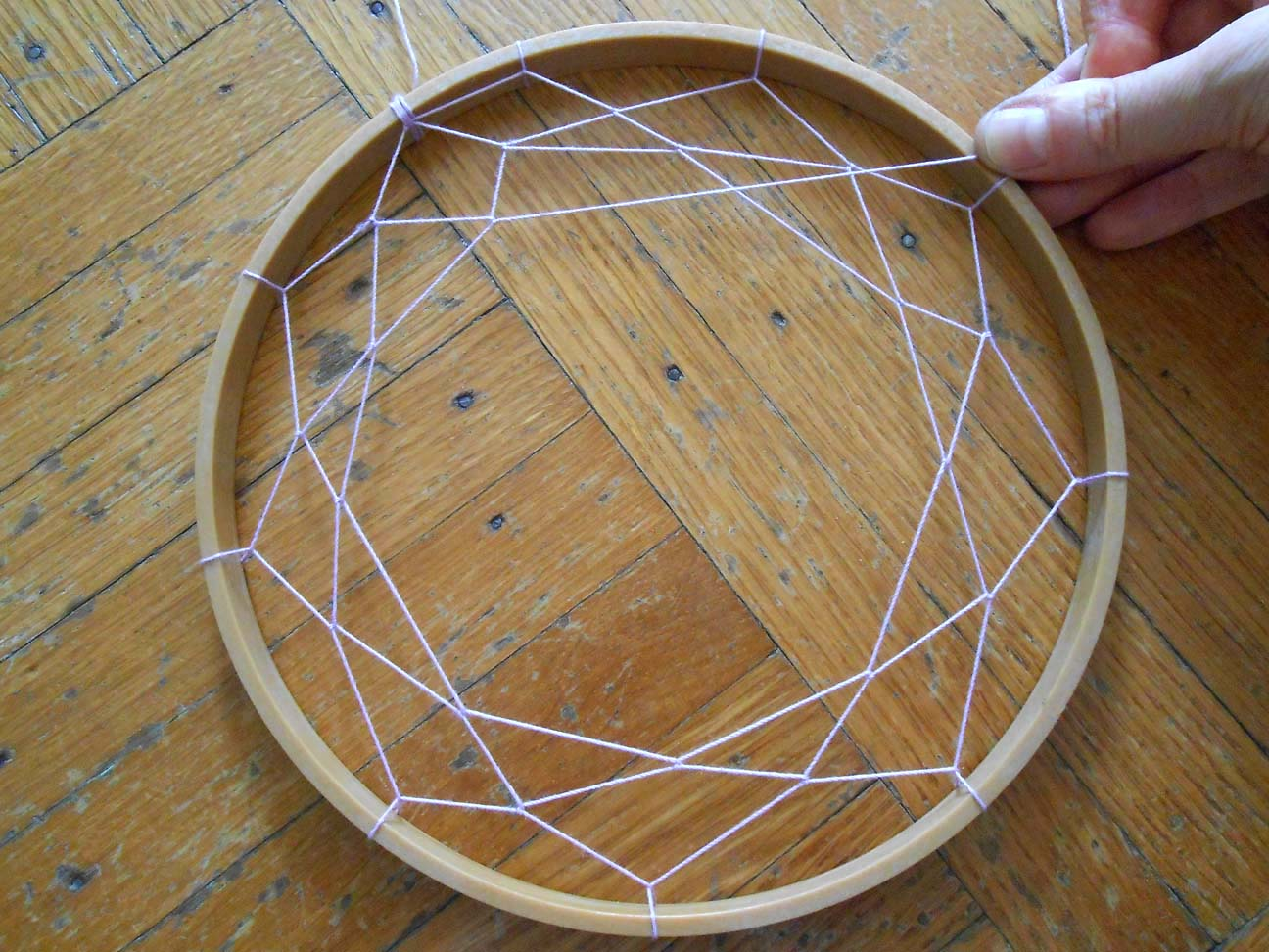 We can re do it embroidery hoop dream catcher
