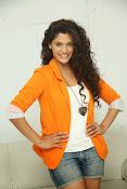 saiyami kher sizzling pics-thumbnail-7