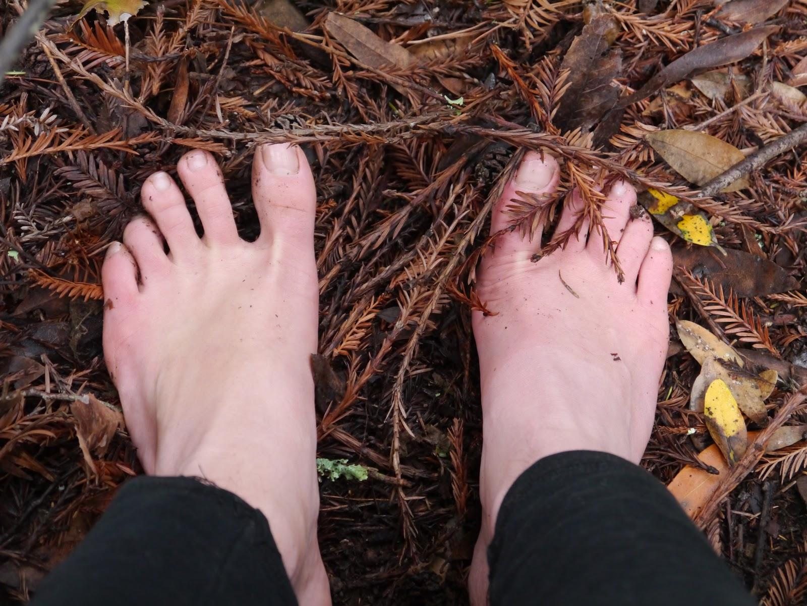 Feet Claudia Thompson nudes (27 photo), Sexy, Leaked, Boobs, panties 2015