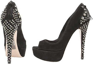 High heels with studs