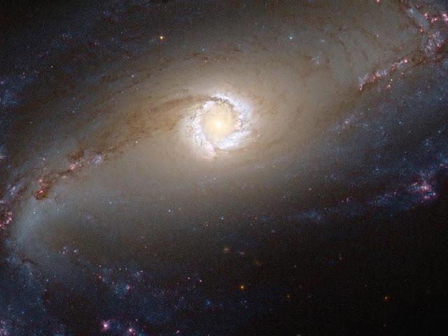 Galáxia NGC 1097