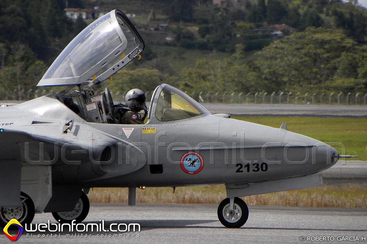 Avión de entrenamiento Cessna T-37 Tweet de la Fuerza Aérea Colombiana.