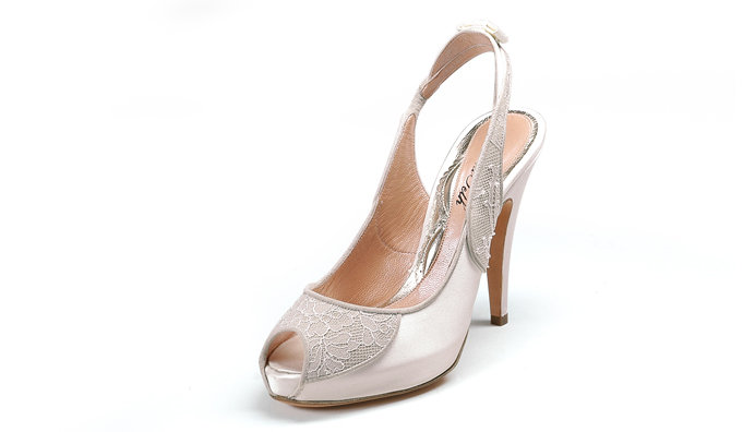 british shoe designer aruna seth filmmaker Mark schwartz is a talented shoe designer in tampa mark has been in the design industry for over thirty years and has worked with roger vivier, one of the.