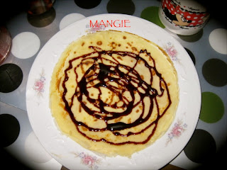 Crepes con sirope chocolate