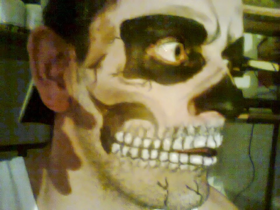 Pintura Facial Caveira