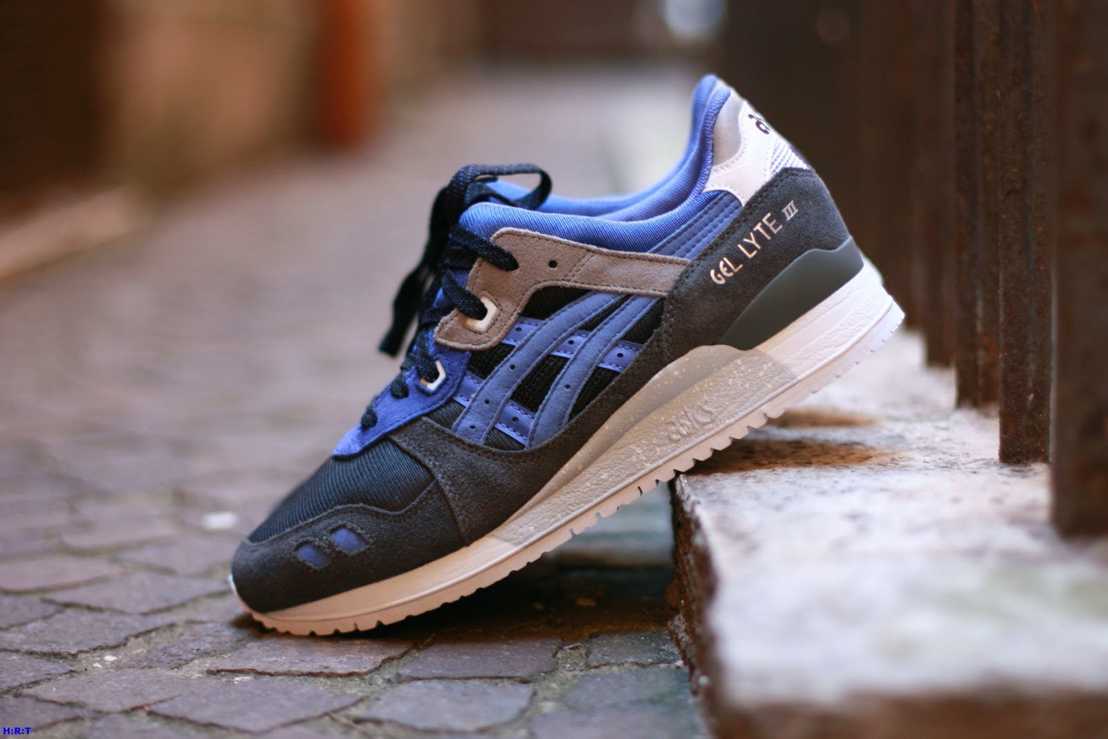 asics gel lyte iii alvin purple