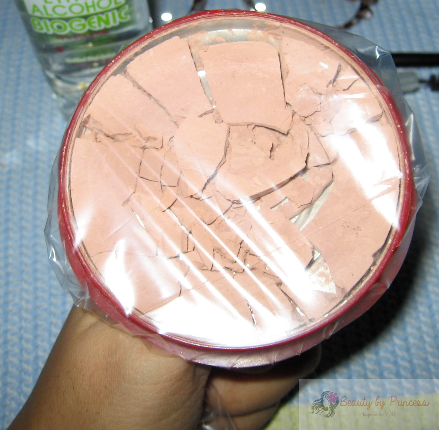 how to fix broken creme make up