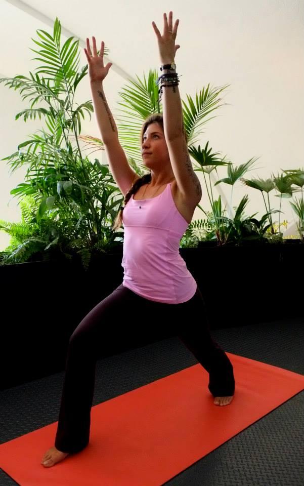 lululemon-yeah-yoga-tank vintage-pink