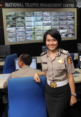Foto Polisi Cantik Indonesia | Briptu Eka Frestya | Astri | Avvy Olivia