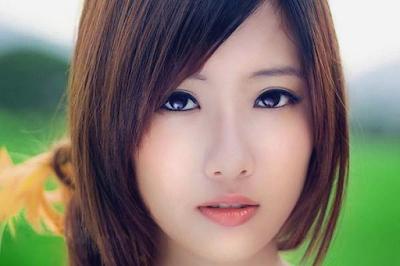 Model potongan rambut wanita sebahu terfavorit