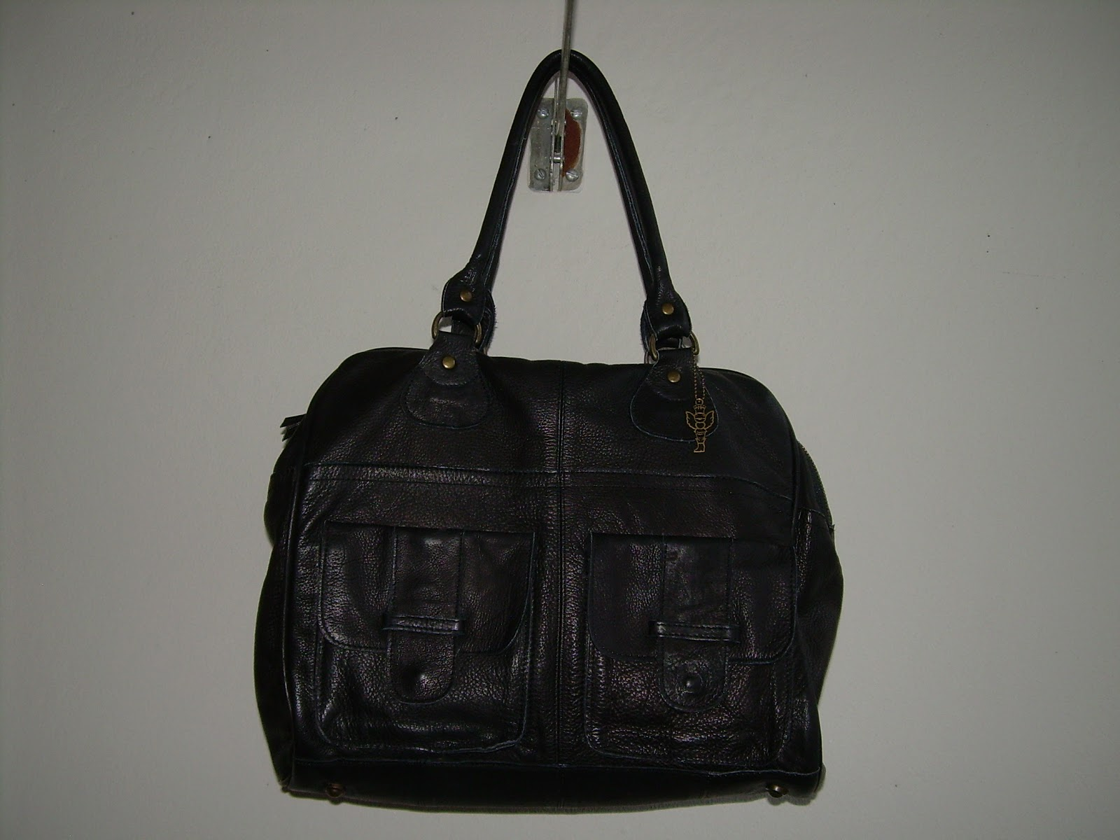 Longchamp Hobo Laukku Hinta : Toisen k?den laukku musta nahkainen pieces myyty