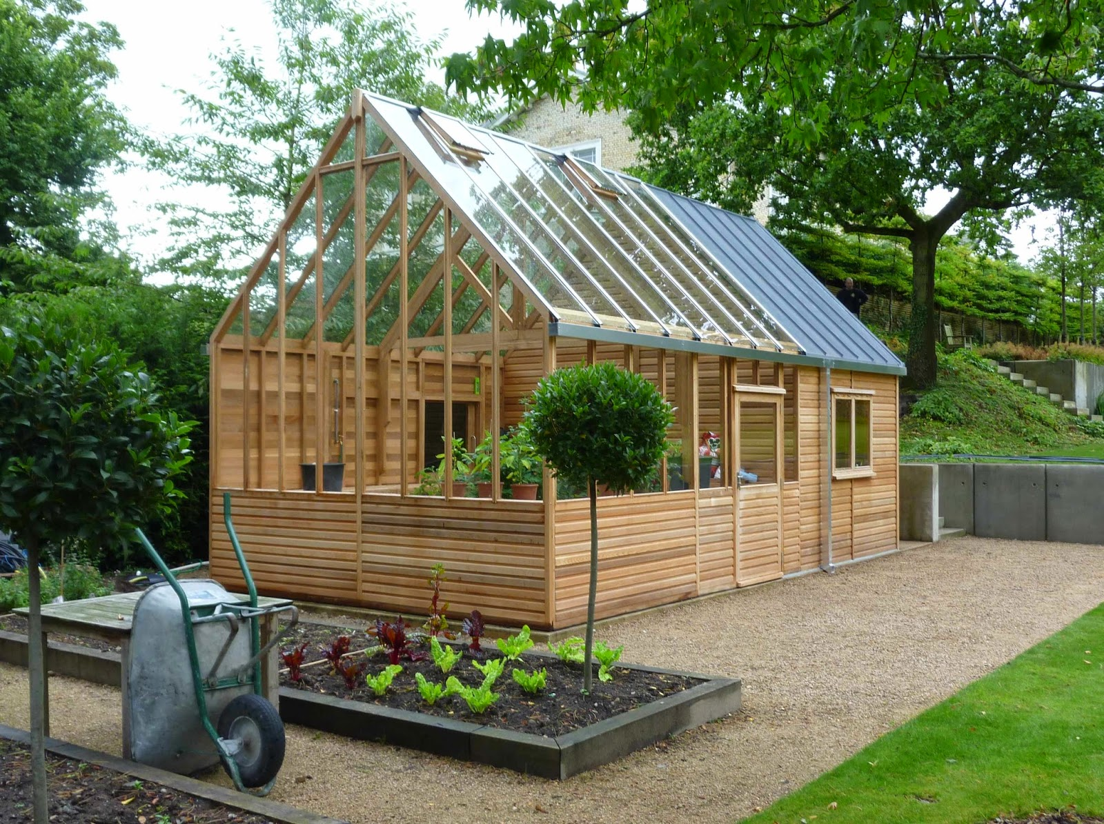 13 great diy greenhouse ideas instant knowledge for Home garden greenhouse design