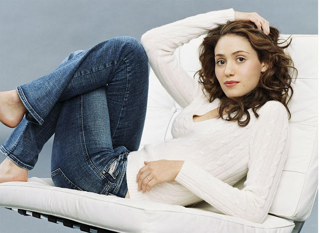 Emmy Rossum Wallpapers Free Download