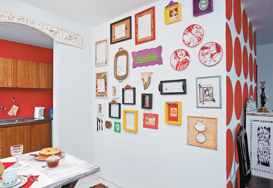 Filosofia de interiores que tal decorar com molduras - Molduras para paredes interiores ...