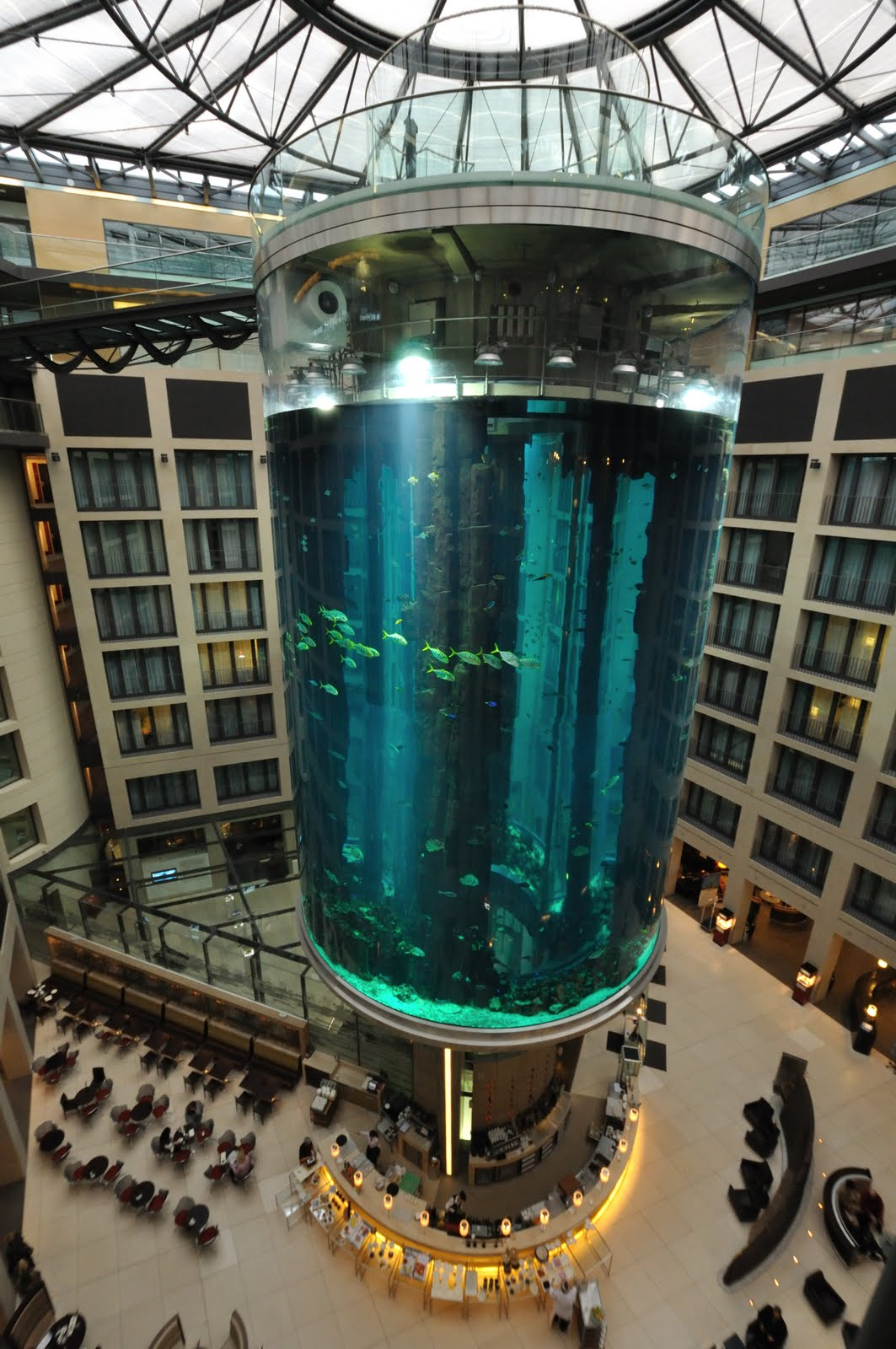 WORLD's LARGEST CYLINDRICAL AQUARIUM (AQUADOM)