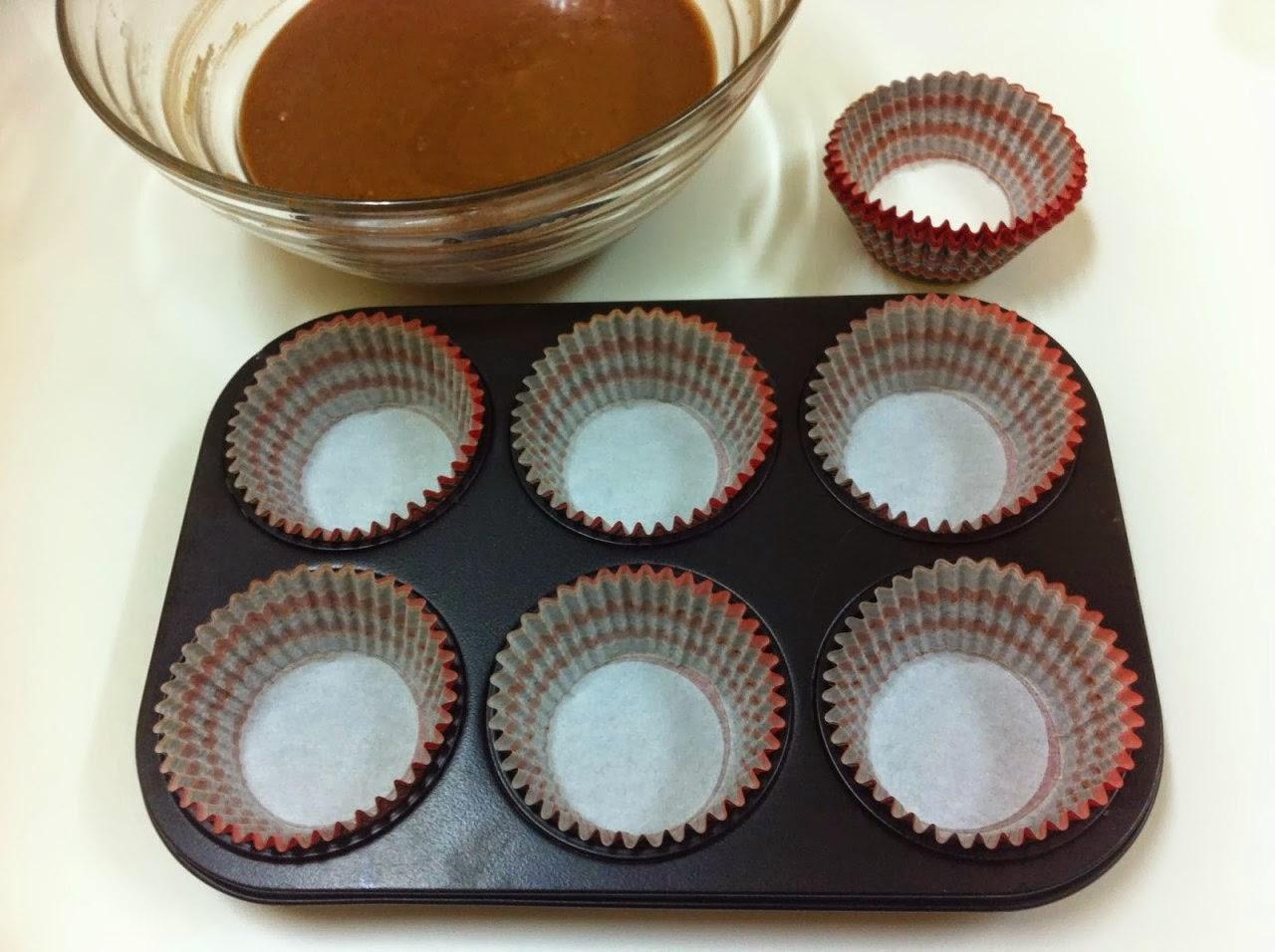 طريقة عمل كب كيك الشوكولاتة بالبسكويت بالخطوات والصور