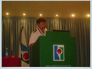 DIRECTOR INTERNACIONAL PROCEDIMIENTOS POLICIALES